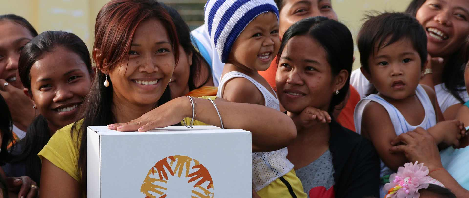 monthly-donations-thank-you-1920-thomas-haunshmid-philippines-haiyan