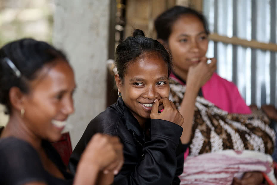 CARE is working with communities in Timor Leste to improve maternal child health practises.