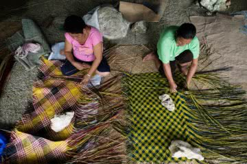 If women weavers are empowered to negotiate, they can increase their income making tikog mats in the Philipines