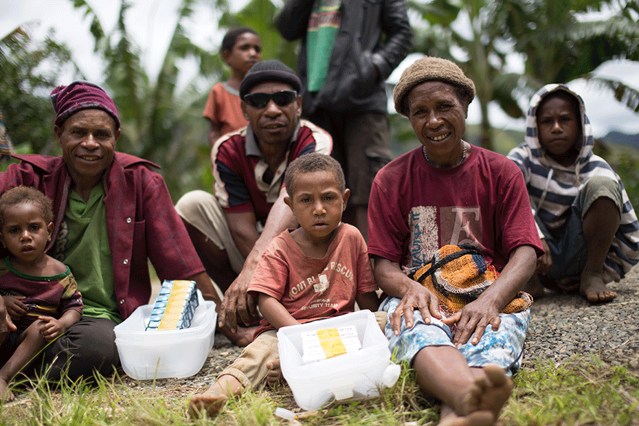 el-nino-appeal-human-interest-story-image-930-png-update-grace-and-peter-sitting-2-png