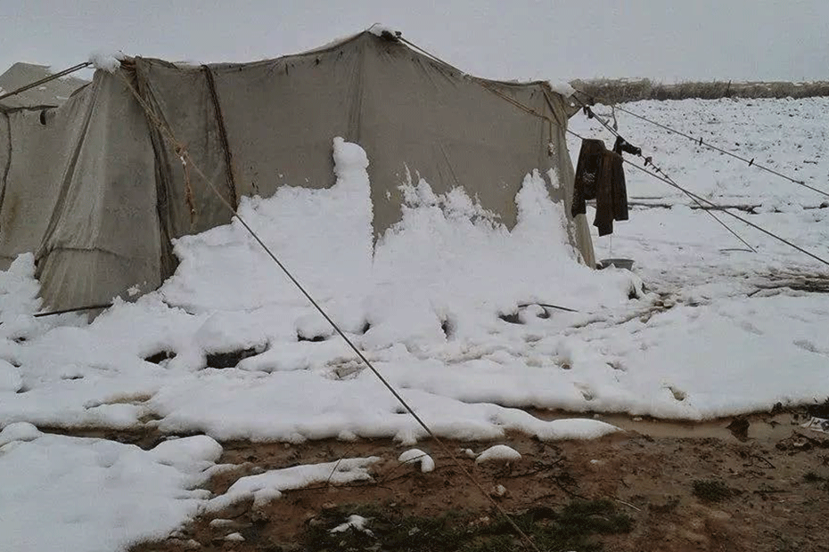 blog-what-we-left-behind-930-snow-tents-5-syria