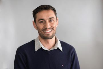 Syrian refugee and CARE International volunteer Basheer Alzalaan.
