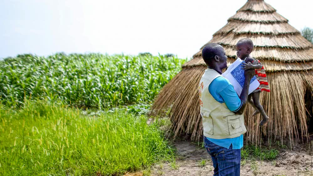 20160819_BLOG_When-aid-workers-leave_SLIDER-e1471478617607